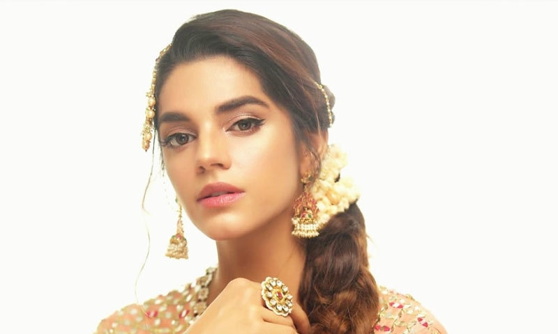 Sanam Saeed to shed real tears